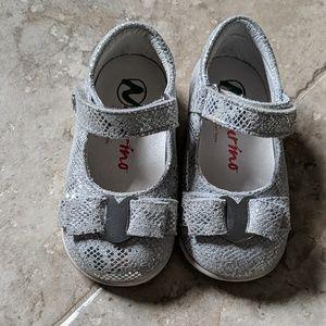 Infant shoes silver